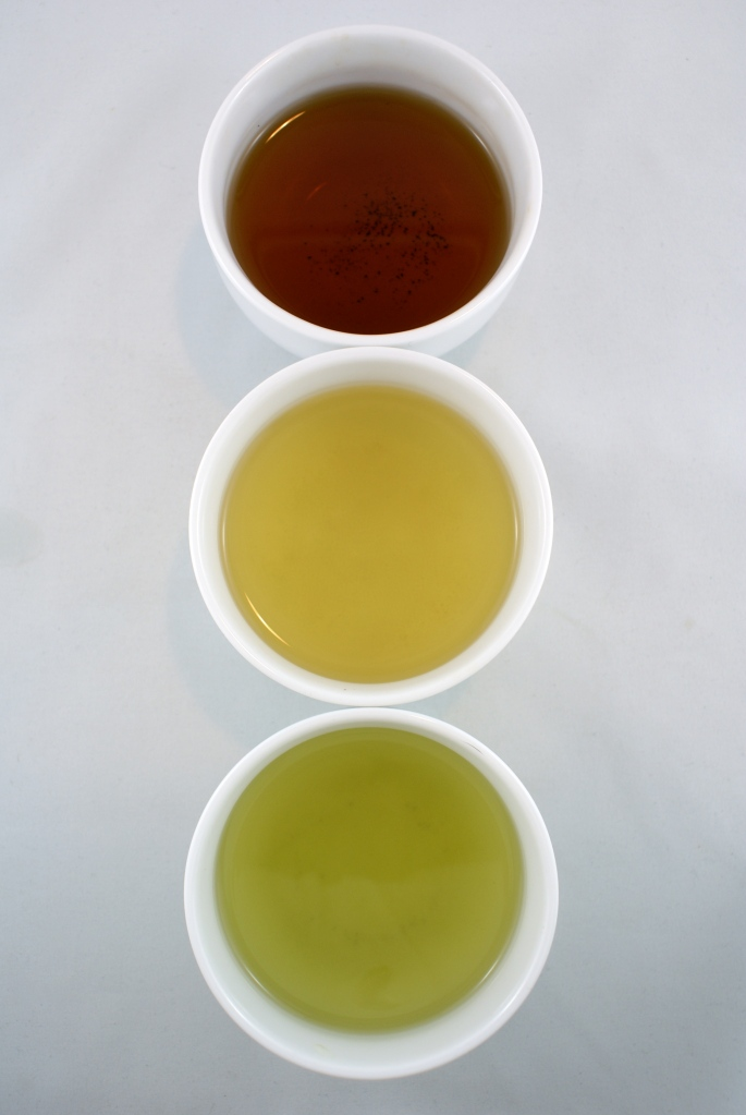 """The Japanese Stoplight"" - Hojicha (焙じ茶); Sencha (煎茶); and matcha-dusted Genmicha (抹茶)"
